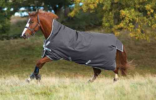 Horseware AMIGO Bravo Wug Turnout medium